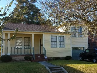 Beautiful Gentilly home 10 mins to FQ or Jazzfest