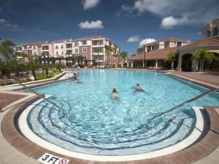 Beautiful Deluxe Condo, Vista Cay, Orlando