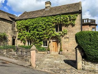 BANK HOUSE, stunning property, over three floors, woodburners, walled garden