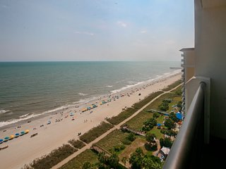 New Listing! Breakers Resort- Direct Oceanfront -Amazing Views-Waterpark hot tub
