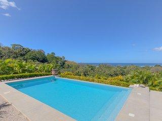 Sea Breeze Villa, Nosara. Ocean view, near beach
