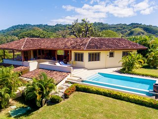 Sea Breeze Villa, Nosara. Ocean view, near beach