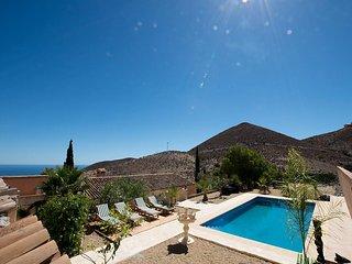 Finca mit Pool in den Bergen, Meerblick, 15 Minuten zum Strand, Águilas
