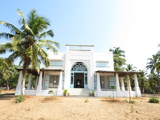 Luxurious Serviced Mediterranean Style 3BHK Beach House on Candolim Beach