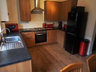Beautiful Single & Double Rooms available - Wakefield, Stanley