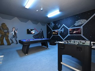 Star Wars Themed Game Room & More-Watersong394