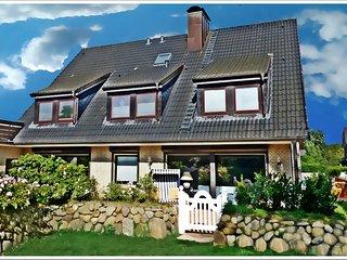 Ferienwohnung Deichwiese Sylt ( 3 Schlafzimmer, 2-5 Personen, Garten)