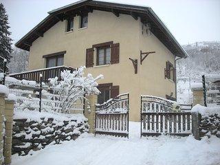Joli appartement avec vue sur la montagne