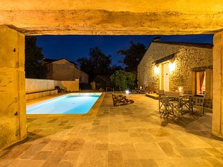 Sans Facon, Stylish French Country Home with Swimming Pool and Gardens, Milhars