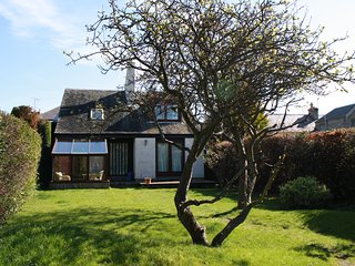 Sylvan Orchard four bedroom holiday cottage located in Gullane, East Lothian
