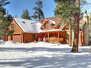 LOG CABIN ESTATE-15 - Luxury, fully stocked!, Big Bear Region