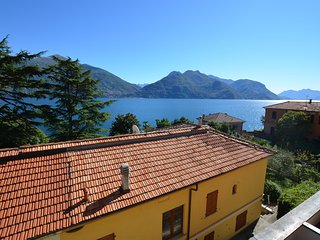 Apartment Cipresso 35 with Stunning Lake View , 6 Persons, 2 Bedrooms