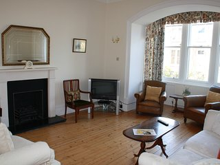 Rosemary Apartment, 4 bedroom holiday house,  North Berwick with private garden