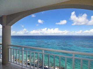 REMEMBER!WE HAVE 15% REDUCTION in this delighful 4 bdrm Oceanfront unit EC5CN
