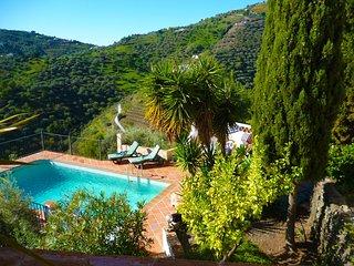 Villa La Cascada - Oasis Mar & Montaña, Torrox