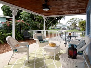 Updated House in Quiet Friendly Neighboorhood Near Beaches & Downtown Stuart
