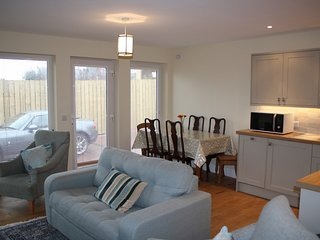 Callies Cottage, two bedroom holiday cottage in North Berwick