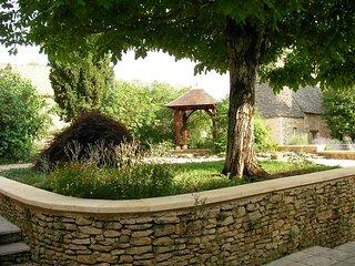 jardinet et kiosque