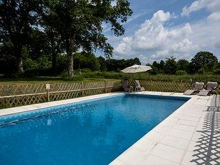 Les Trois Petites Maisons exclusive use of pool La Josselyn, La Amelia&La Grace, Cromac