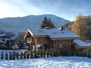 Luxury 5* new large chalet in central Les Houches