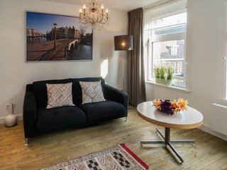 Marigold Romantic and Stylish Suite 2 1BR 35m2, Amsterdam