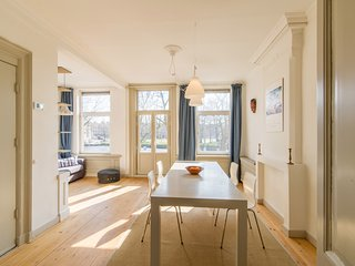Jordaan, Westerpark near Anne Frank House Apartment 2BR 70m2