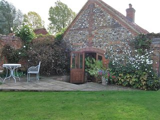 Garden Cottage (Wellingham)