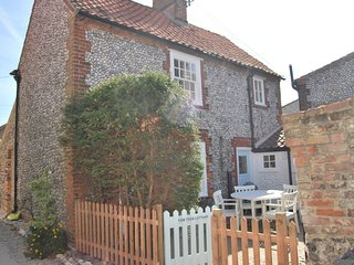 Yew Tree Cottage, Blakeney