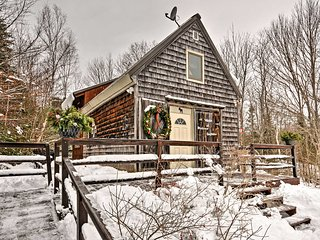 NEW! 1BR + Loft Searsport Cabin -Minutes to Ocean!