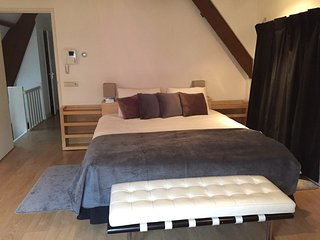 1 is perfect for a couple who wish to sleep well with a comfortable double bed