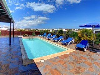 Villa Pretty zona de Las Coloradas con bonitas vistas, Wifi, aire acondicionado,