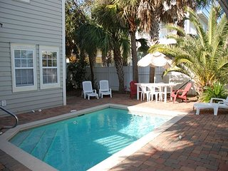 COCONUT GROVE-MARCH 19-MAY27 RENT REDUCED 20%, BOOK NOW! 3 NIGHT MIN !!!!, Miramar Beach