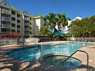 Skyline balcony views! Exquisite condo with pool and hot tub access!, Key West