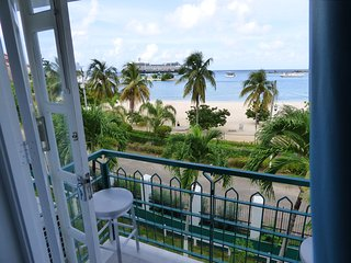 Beach Two Bedroom/Loft Suite E29