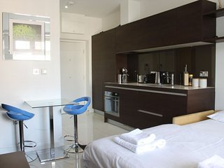 Gemini King Studio apartment in Camden with WiFi & lift., Londres