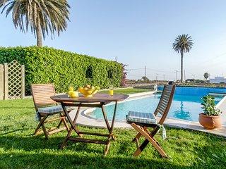 Casa restaurada c/piscina privada! Ref. 174924