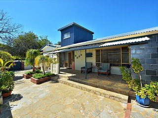 Island Cottage - Pet Friendly, Mandurah