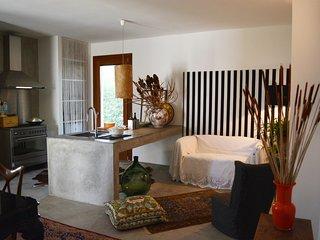 Casa Mirelda, Fontane Bianche