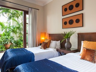 The Hideaway Suites Boutique Guesthouse - TWIN