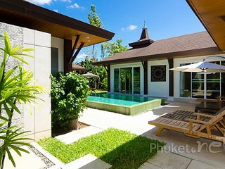 Lovely 3-Bed Pool Villa in Thalang