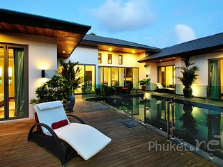Splendid 3-Bed Villa near Bangtao Beach, Chalong