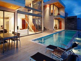 Stunning 3-Bed Oceanfront Villa