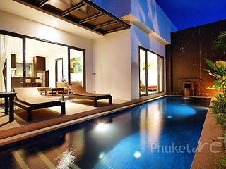Modern 1-Bed Pool Villa in Layan