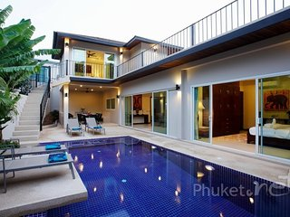 Spacious 5-Bed Pool Villa in Nai Harn