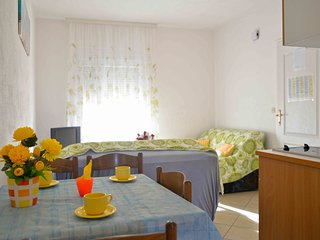 Apartments Katarina - Two Bedroom Apartment with Shared Terrace, Vodice