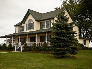 Hegge Haven LLC, Family vacations, Weddings, Retreats, Craft Venue, New Hartford