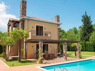 """""""Villa THOE"""" at OLYMPUS VILLAS, Paralia Panteleimonos"""