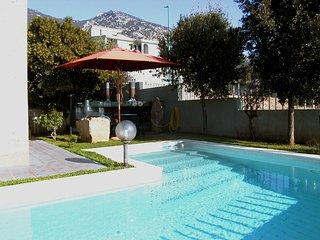 Appartamento per 2 persone con uso piscina in zona tranquilla e panoramica, Cala Gonone