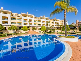 LUXURY 2 BEDROOM APARTMENT WITH BBQ - VILAMOURA