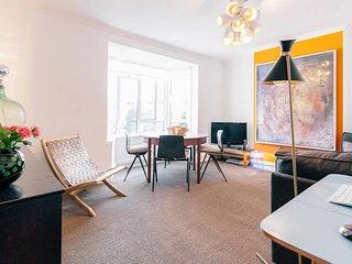 A quiet 2 bedroom flat near Portobello, 4 People
